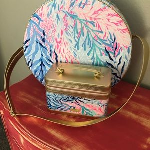 Lilly travel bag makeup case and brushes